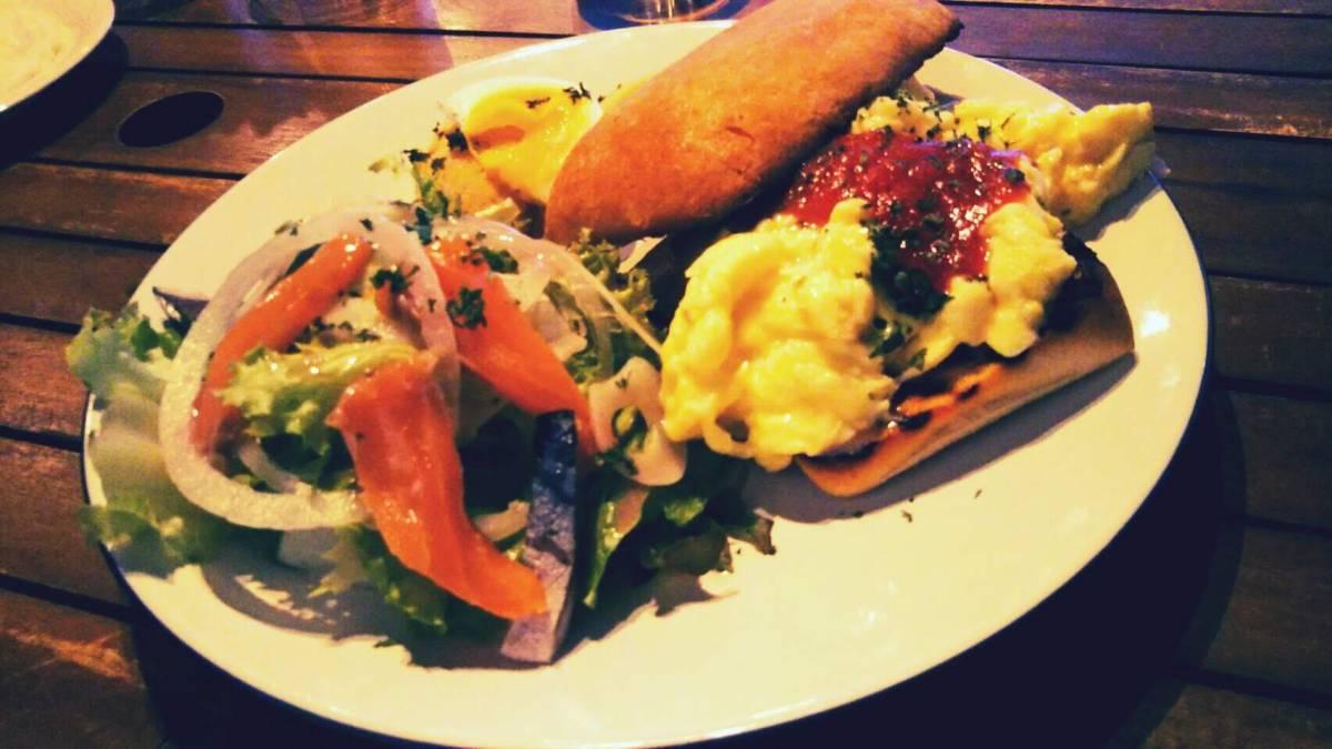 洞爺の美味しいレストラン、KiiTOSでランチ!