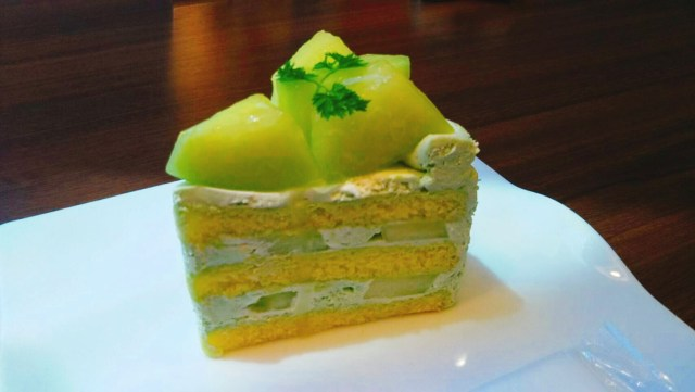 タタンタタンメロンのショートケーキ