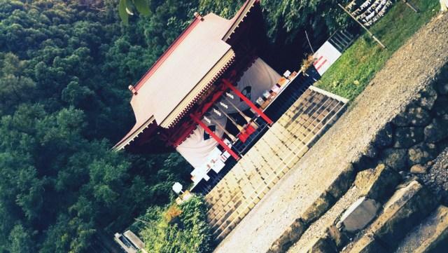 秋田県田沢湖の御座石神社
