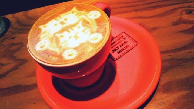 ナガハマコーヒー猫のラテアート