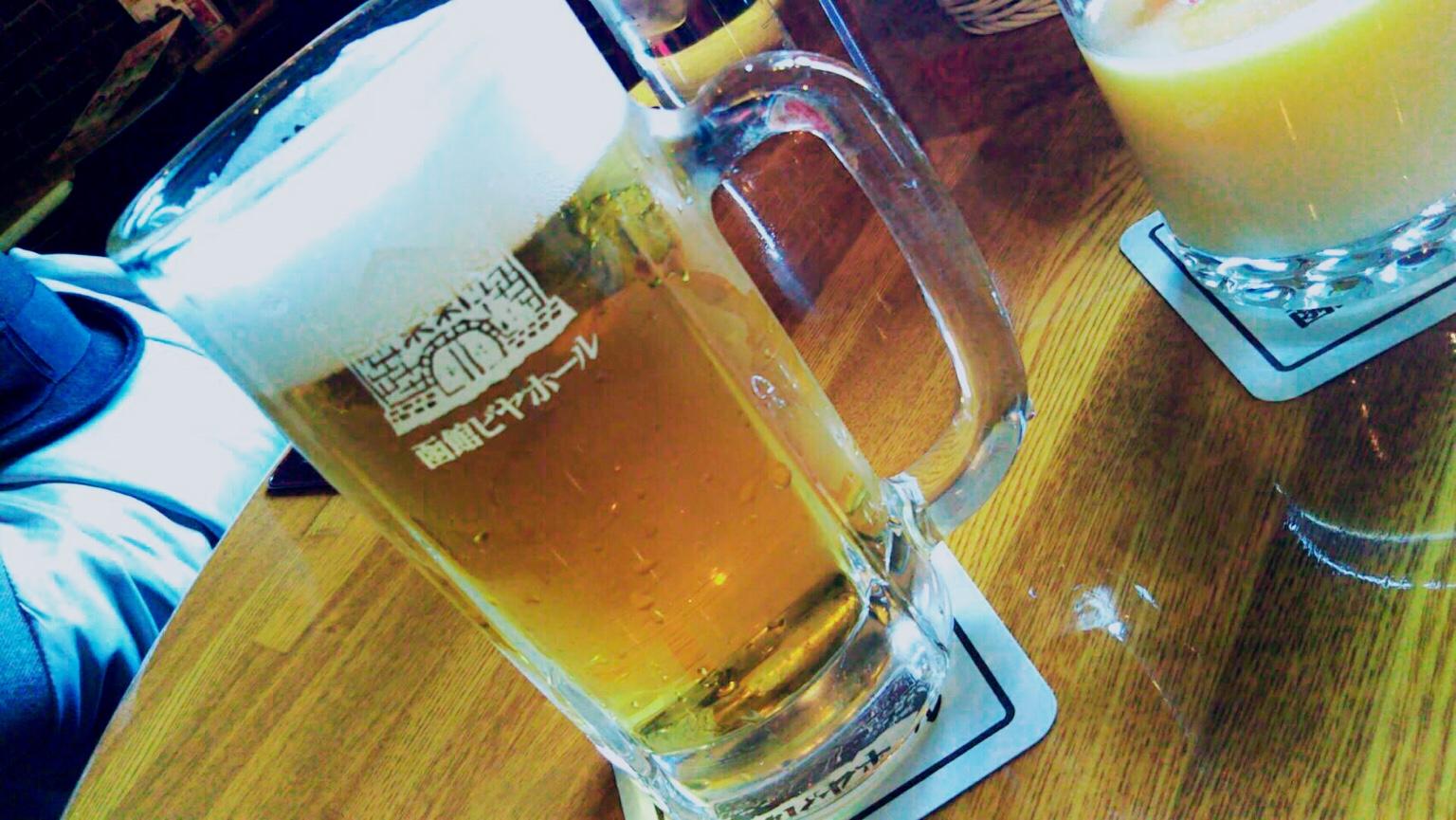 函館ビヤホールで昼から飲める!金森赤レンガ倉庫
