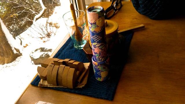 函館「茶房菊泉」テーブル席装飾