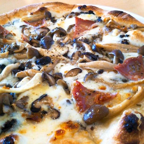 ニセコでピザが食べられる!高橋牧場の「マンドリアーノ」