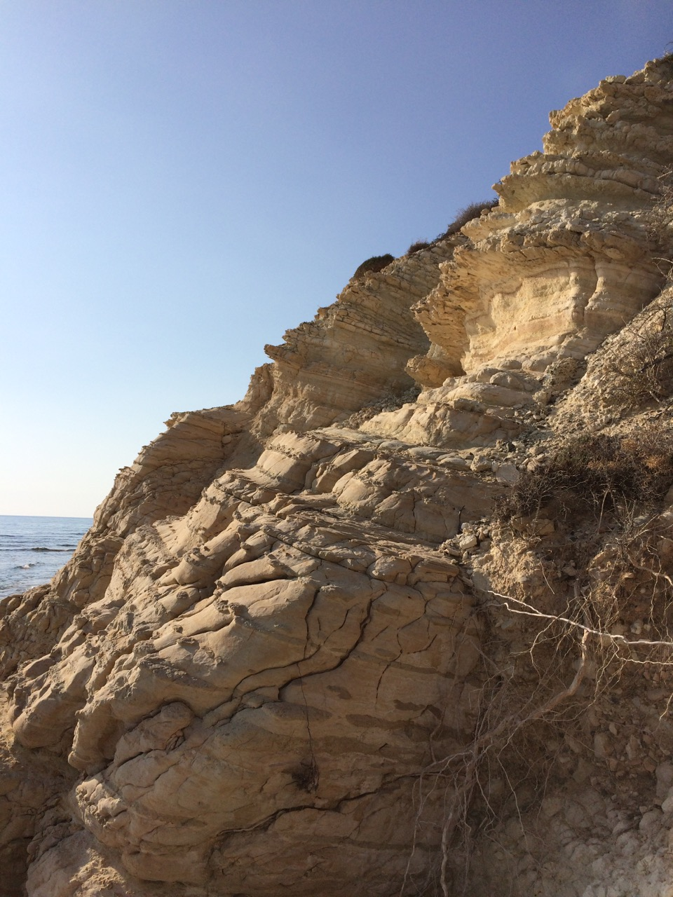 The cliffs remind the ones in Sicily