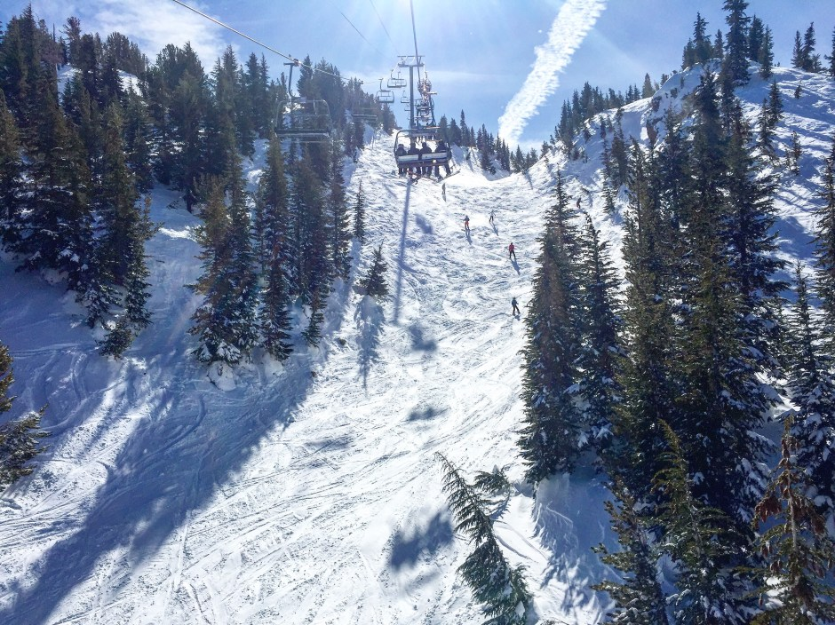 skiing mammoth mountain
