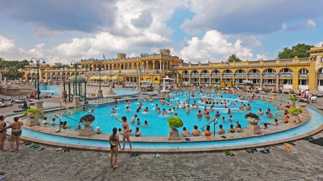@travelingintandem A photo of our time at Szechenyi Thermal Baths in Budapest, Hungary.
