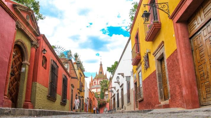 The colors of San Miguel de Allende