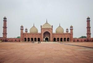 Badshahi Mosque Full