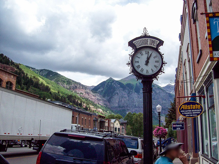 The cool little skiing town of Telluride!