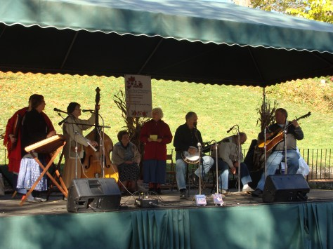 Nicholas Family Country Sunrise Special band old fashioned apple butter