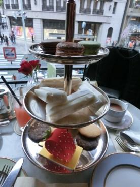 Laduree cafe Teatime14