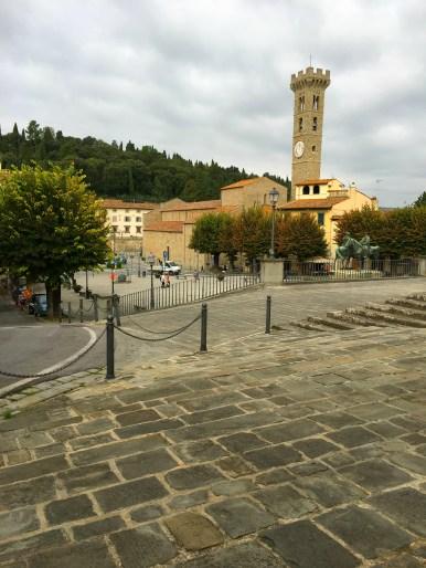 Piazza Mino da Fiesole trailhead for hikes near Florence