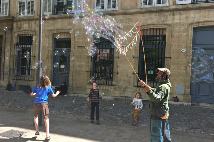 Bubble makers in Provence