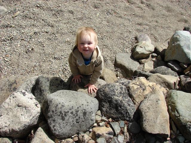 Mecca: giant rocks