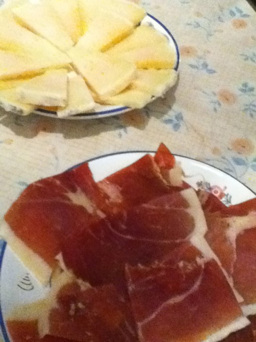 Delicious Manchego cheese! And Jamon serrano. Let's see if I make it out of Spain without trying ham!