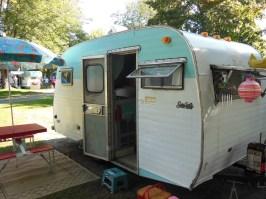 vintage campers 21