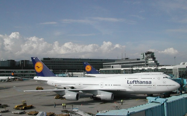 Traveling Lufthansa From Toronto Which Lounge Is Best