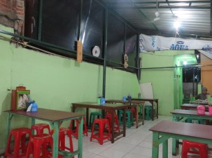 One of the fancier 'restaurants' in the streetfood department :D
