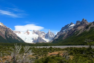 Hiking to Cerro Torre