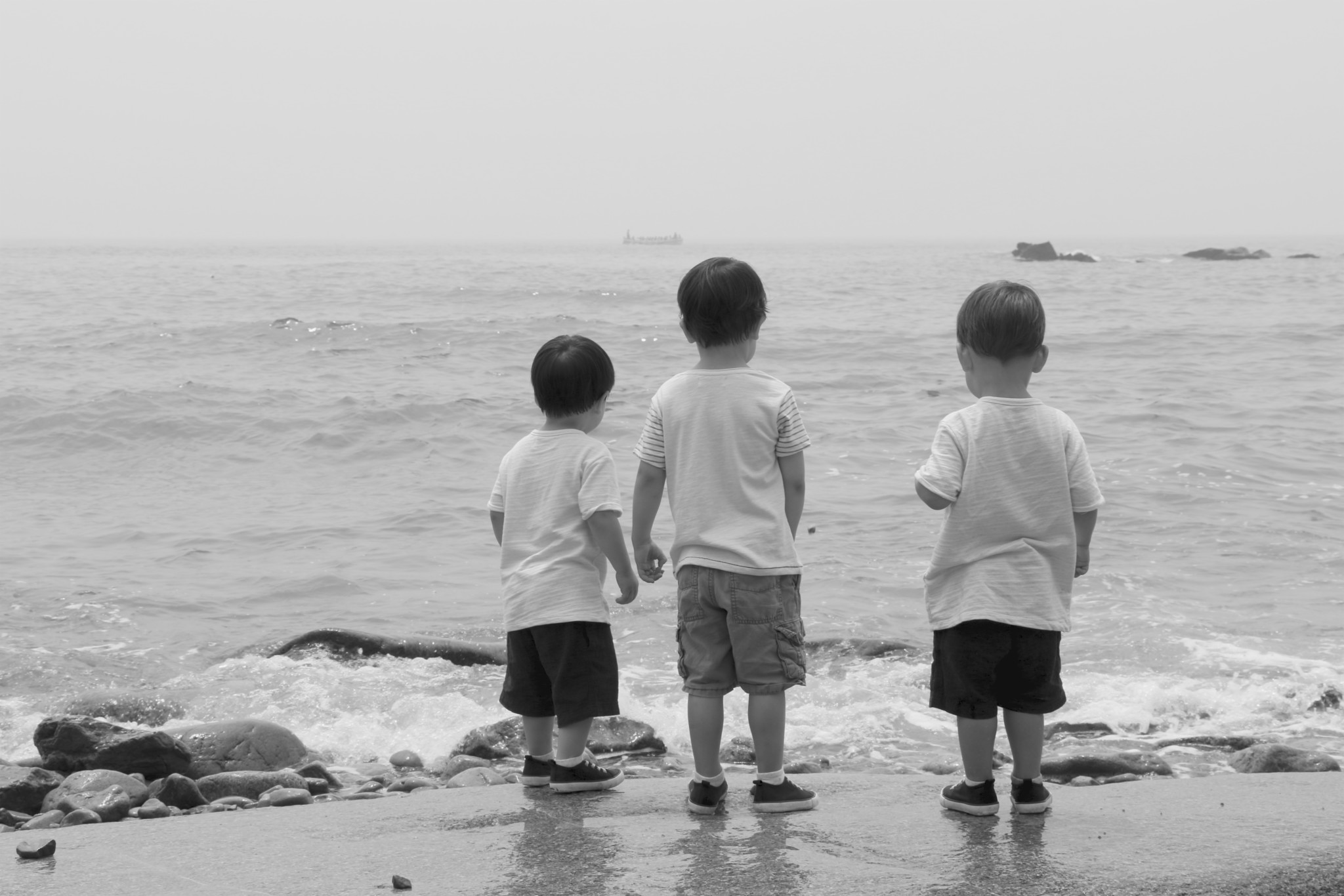 Kung Family Beach Shoot