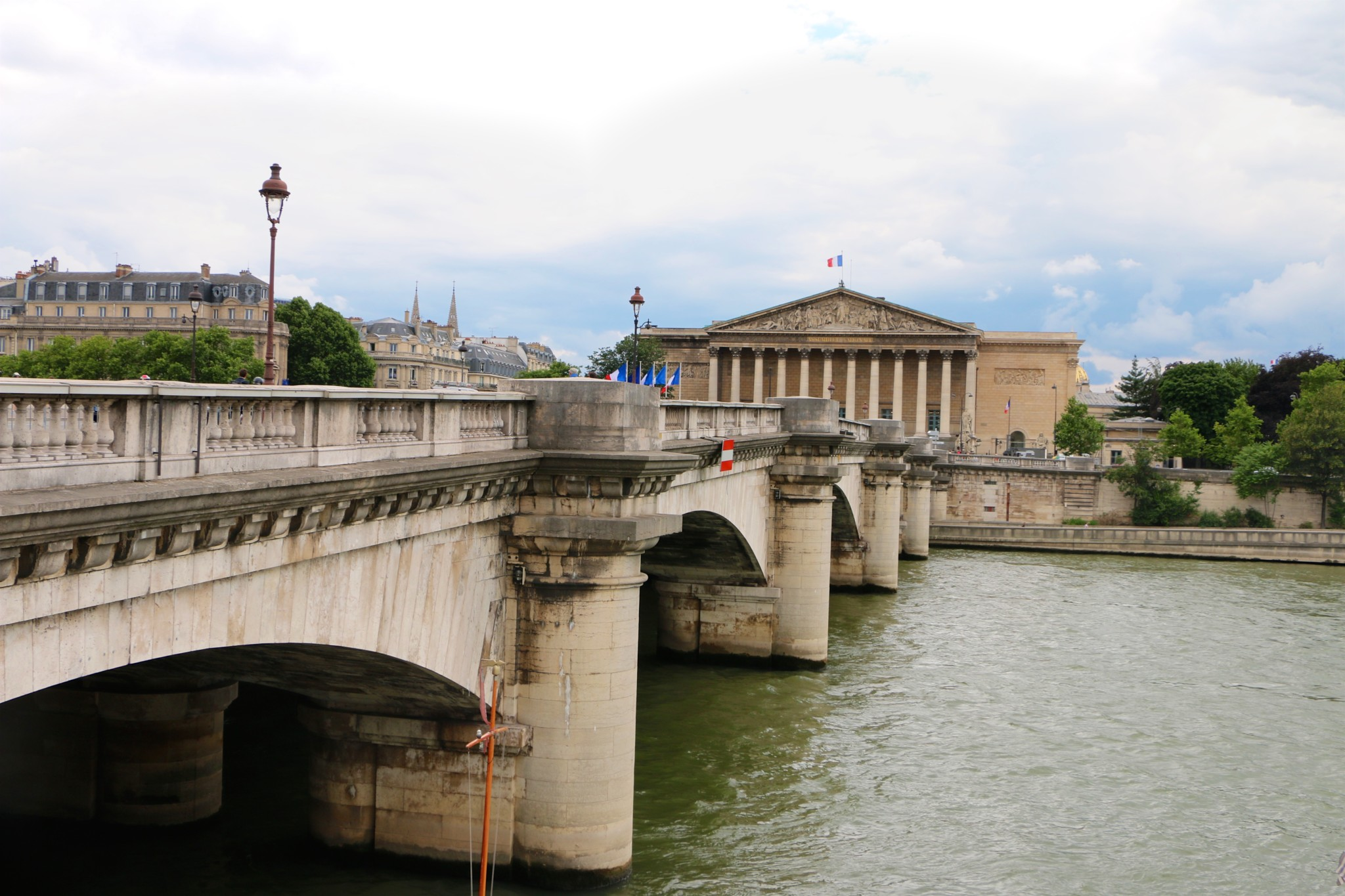 c8ff7bbcf0f3 Ponte De La Concorde, Paris - Traveling with JC