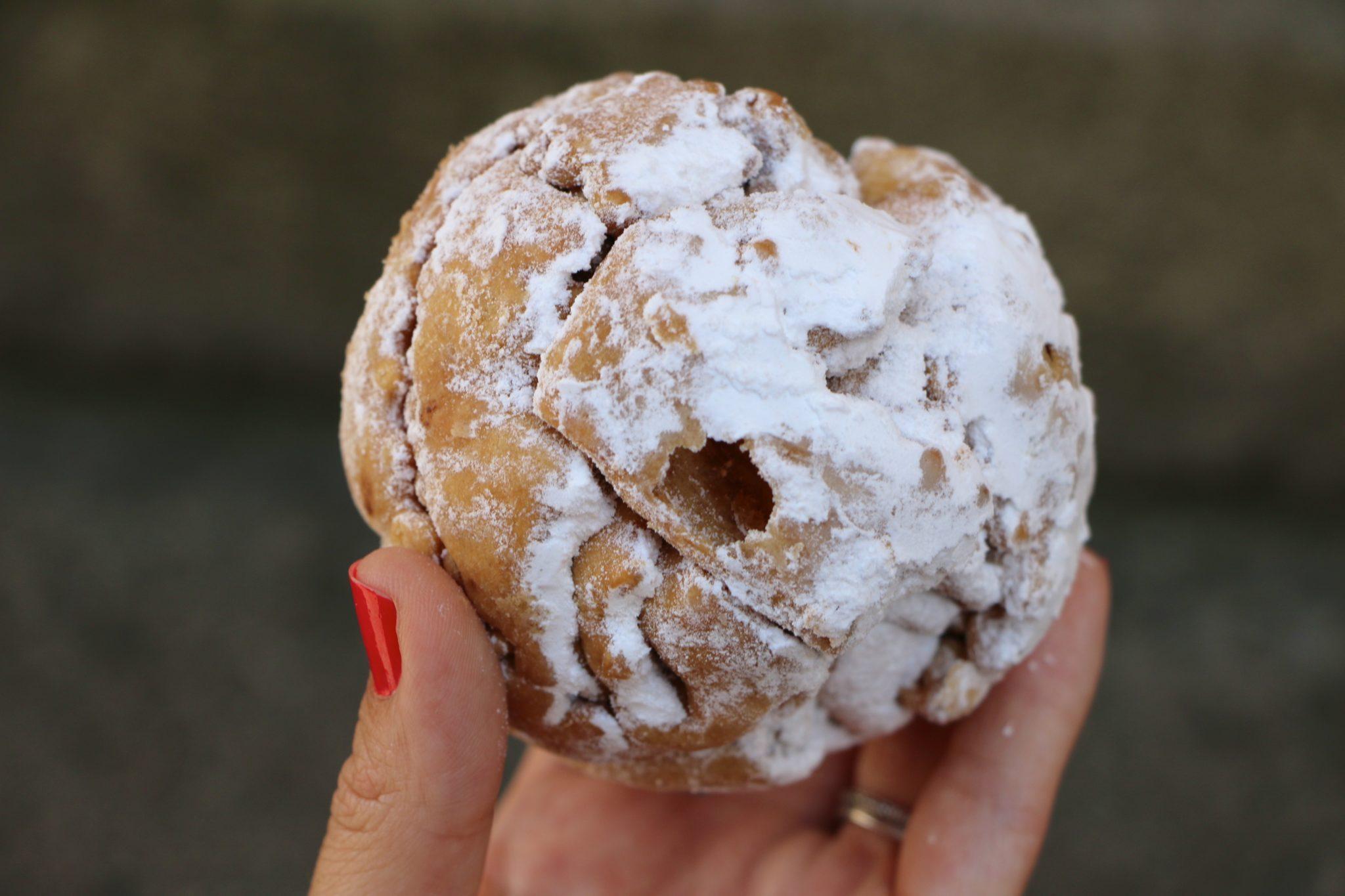 Schneeballen: Rottenburg Snowball Pastries