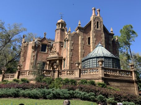 Beautiful day at the Haunted Mansion