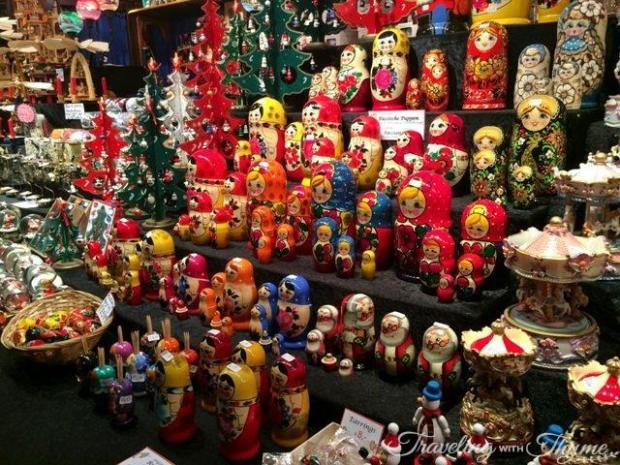 Edinburgh Christmas Market Souvenir Shopping