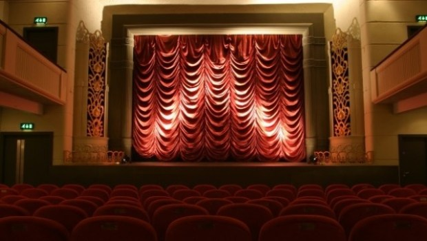 things to do in newcastle cinema