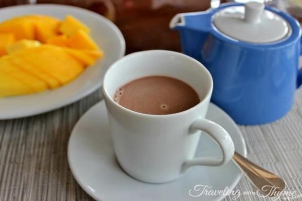 Hot chocolate brunch mango hotel
