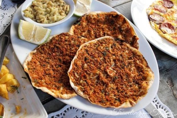 Seza Armenian Pies Mar Mikhael