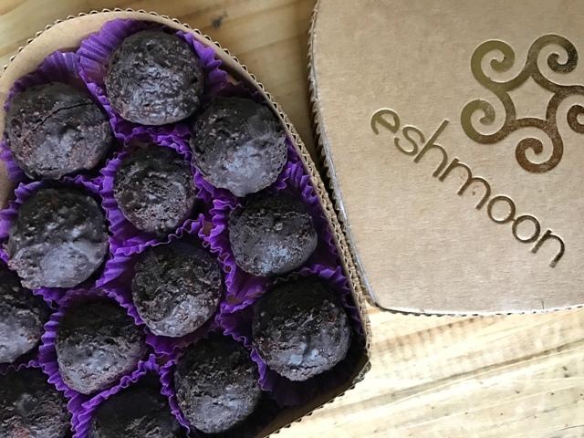 Chocolate Ores Eshmoon Vegan Valentine