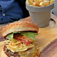 Les Malins: A Picture Perfect Lunch at The Backyard Hazmieh