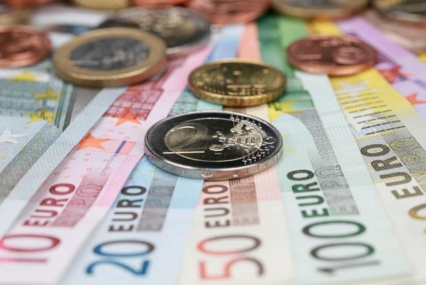 Cash Payment Euros