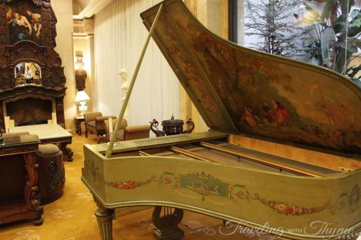 Grand Hills Piano Broumana Lebanon Luxury