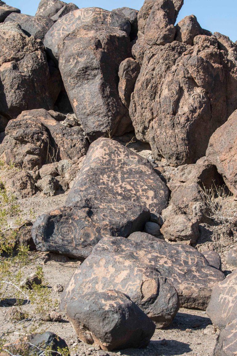 Painted Rock Petroglyph-2813