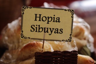HOPIA SIBUYAS (ONION)