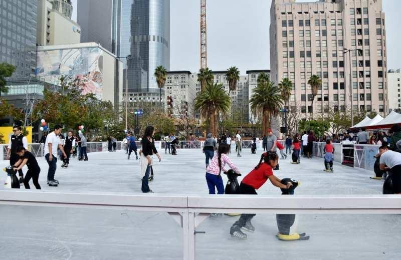Bai Holiday Ice Rink Pershing Square - DOWNTOWN VIEWS