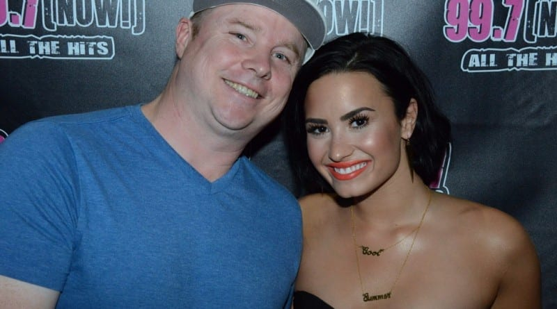 Demi Lovato Performs at Temple Nightclub