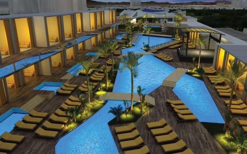 Majestic Las Vegas Pool