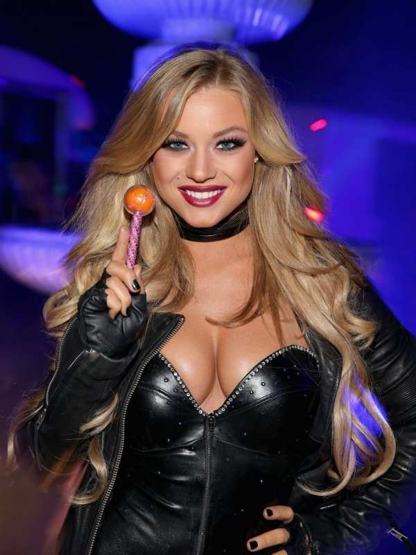 Playmate Nikki Leigh attends Playboy Mansion's Annual Halloween Bash
