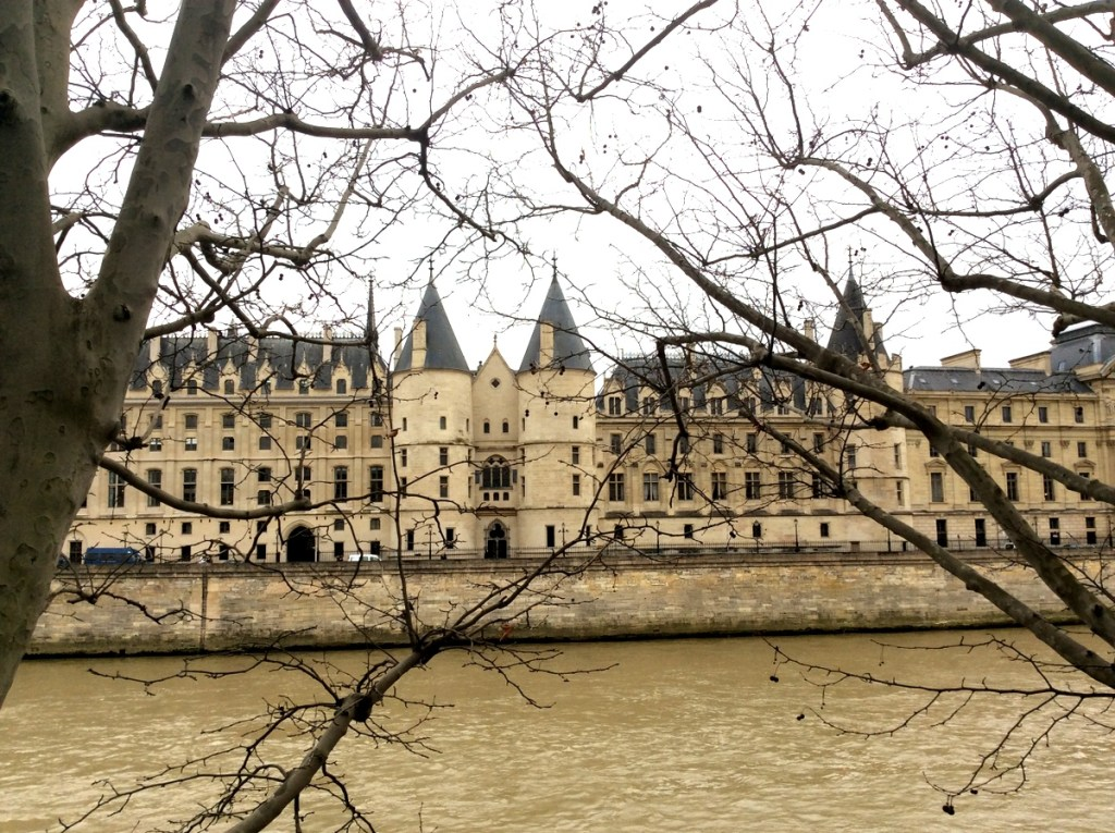 La Conciergerie from the Right Bank of the Seine, Paris; from a travel blog by www.traveljunkiegirl.com