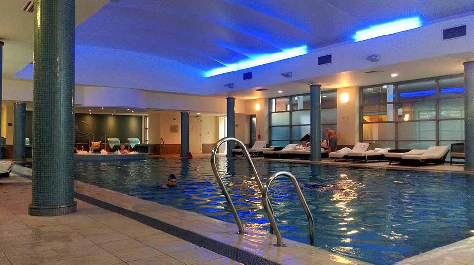 The Welcombe Spa Pool, near Stratford-upon-Avon, Warwickshire; from a travel blog by www.traveljunkiegirl.com
