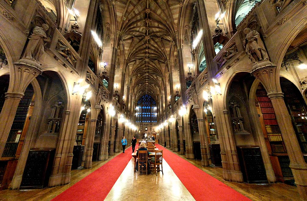 John Rylands Library in Manchester is a gothic masterpiece with a stunning interior. Well worth a visit on any trip to Manchester; from a cultural travel blog by www.traveljunkiegirl.com