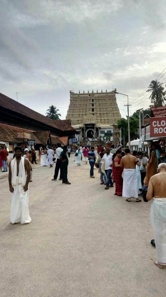 पद्मनाभस्वामी मंदिर, केरल.. भारत का सबसे रिचेस्ट टेंपल कहा जाता है