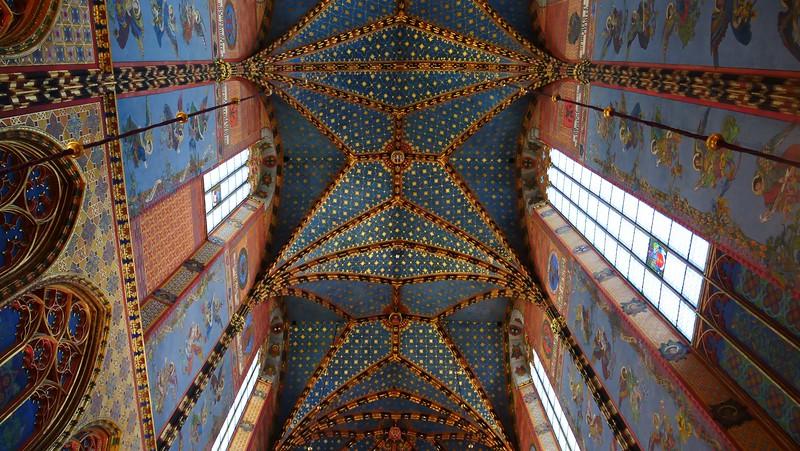 كاتدرائية مريم العذراء في كراكوف