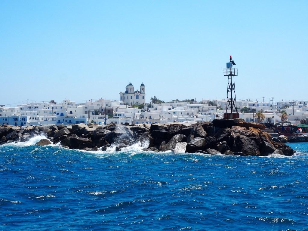 شاطئ جزيرة ميكونوس
