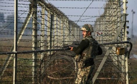 BSF Jawan guarding the border