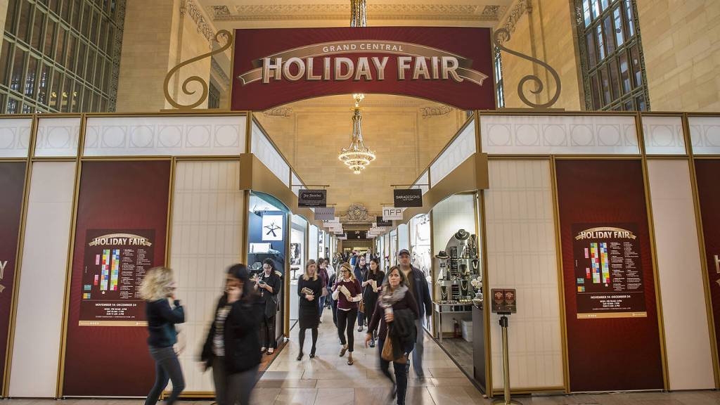 An American Christkindl Market: Grand Central Holiday Fair via @TravelLatte.net