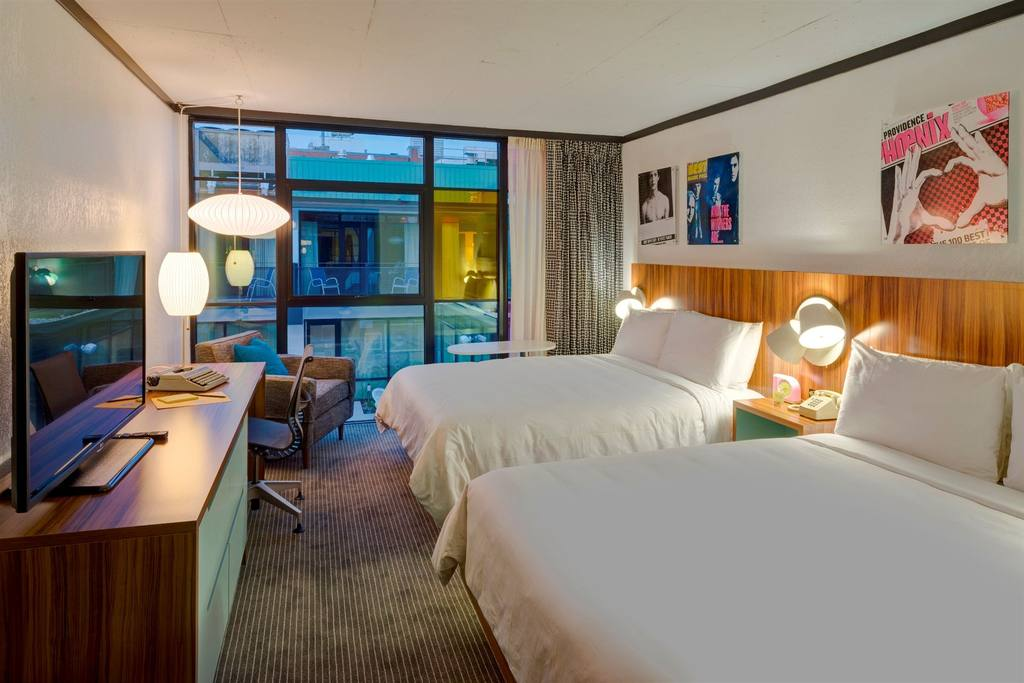 Photo: Guestroom at Verb Hotel